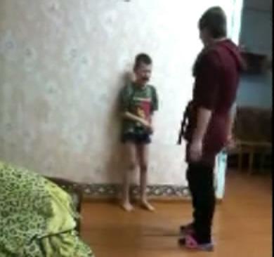 Порно онлайн малец трахает девушку видео 81869 фотография