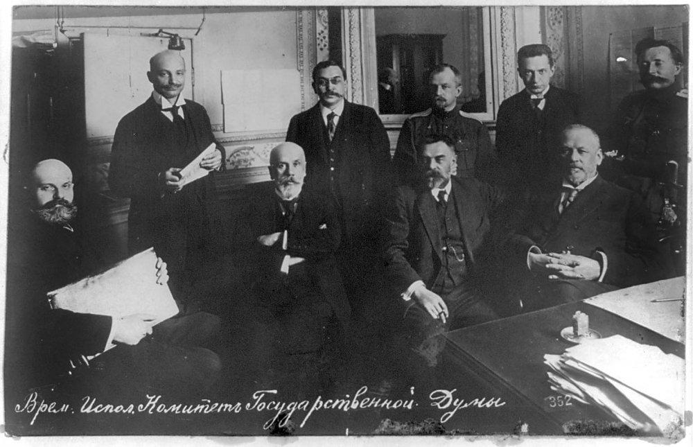 много различных временное правительство 20 века тайные